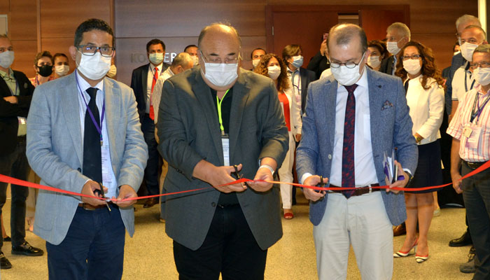 Drug Analysis and Control Laboratories were launched at Izmir Biomedicine and Genome Center